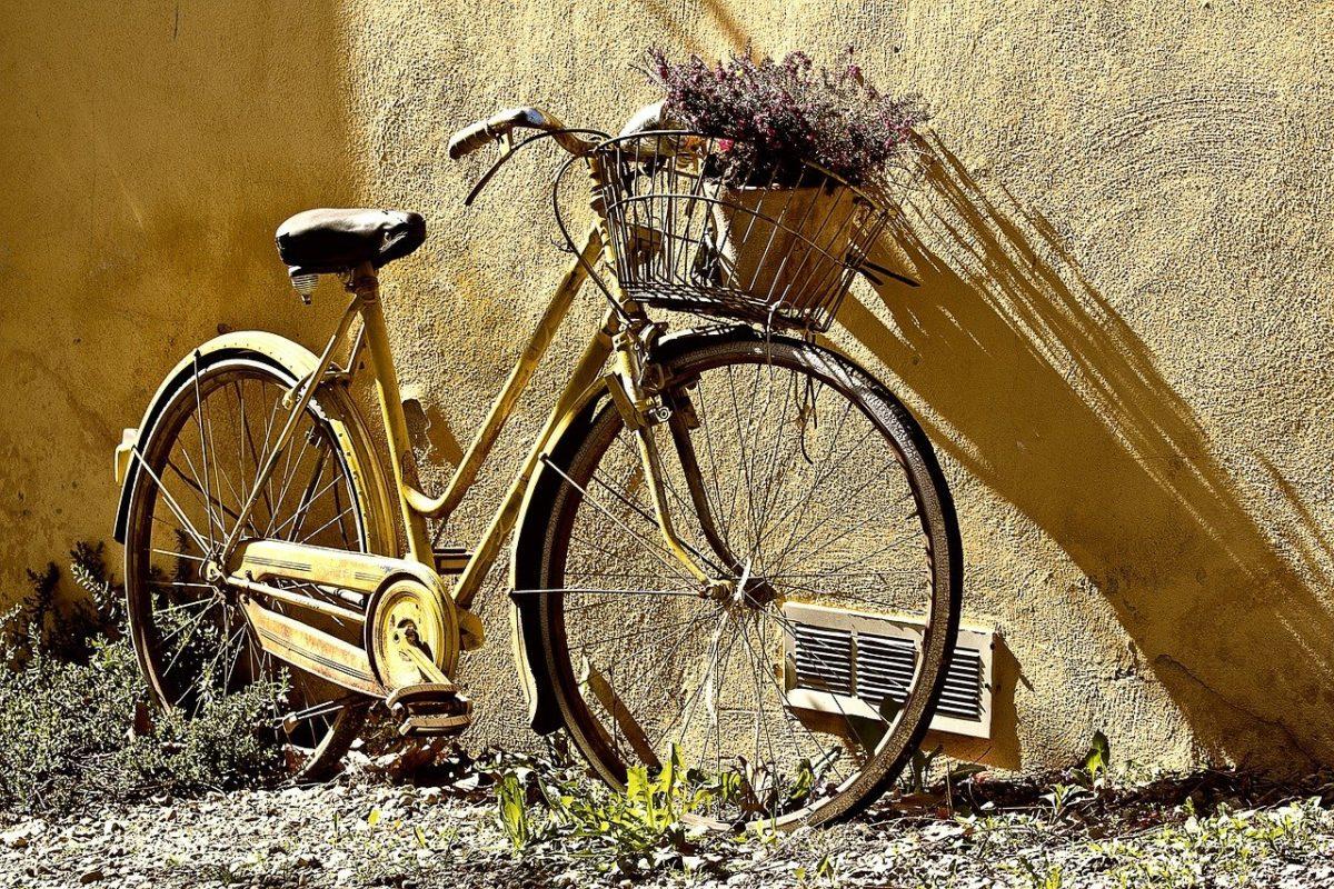 Każdy pasjonat jazdy rowerowej z pewnością czeka, aż wszelakie śniegi i lody odejdą już w niepamięć.